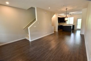 """Photo 10: 2 23230 BILLY BROWN Road in Langley: Fort Langley Townhouse for sale in """"Flatiron"""" : MLS®# R2275733"""