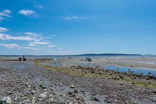 "Photo 18: 217 15621 MARINE Drive: White Rock Condo for sale in ""Pacific Pointe"" (South Surrey White Rock)  : MLS®# R2291054"