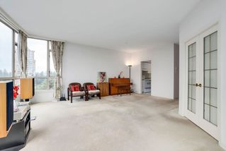 Photo 6: 802 6888 STATION HILL Drive in Burnaby: South Slope Condo for sale (Burnaby South)  : MLS®# R2308226