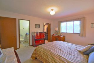 Photo 10: 3722 HARWOOD Crescent in Abbotsford: Central Abbotsford House for sale : MLS®# R2309116