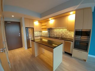 Photo 4: 3103 13495 CENTRAL Avenue in Surrey: Whalley Condo for sale (North Surrey)  : MLS®# R2321850