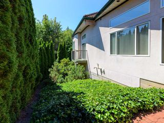 Photo 19: 2268 SORRENTO Drive in Coquitlam: Coquitlam East House for sale : MLS®# R2327616