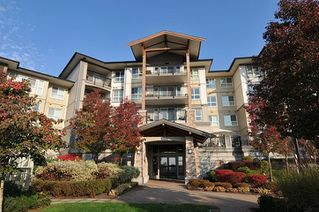 "Photo 1: 407 3050 DAYANEE SPRINGS Boulevard in Coquitlam: Westwood Plateau Condo for sale in ""DAYANEE SPRINGS"" : MLS®# R2329277"