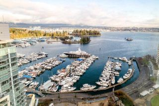 """Photo 2: 2202 588 BROUGHTON Street in Vancouver: Coal Harbour Condo for sale in """"Harbourside Park"""" (Vancouver West)  : MLS®# R2335540"""