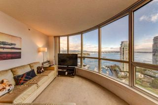 """Photo 5: 2202 588 BROUGHTON Street in Vancouver: Coal Harbour Condo for sale in """"Harbourside Park"""" (Vancouver West)  : MLS®# R2335540"""