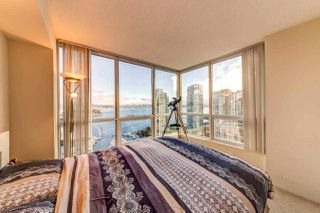"""Photo 15: 2202 588 BROUGHTON Street in Vancouver: Coal Harbour Condo for sale in """"Harbourside Park"""" (Vancouver West)  : MLS®# R2335540"""
