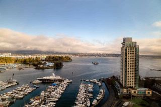 "Photo 1: 2202 588 BROUGHTON Street in Vancouver: Coal Harbour Condo for sale in ""Harbourside Park"" (Vancouver West)  : MLS®# R2335540"