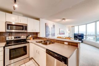 "Photo 11: 2202 588 BROUGHTON Street in Vancouver: Coal Harbour Condo for sale in ""Harbourside Park"" (Vancouver West)  : MLS®# R2335540"