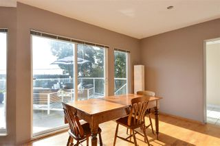 Photo 6: 14659 W BEACH Avenue: White Rock House for sale (South Surrey White Rock)  : MLS®# R2344837