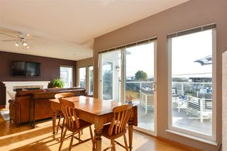Photo 5: 14659 W BEACH Avenue: White Rock House for sale (South Surrey White Rock)  : MLS®# R2344837