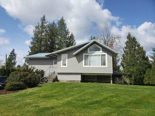 "Photo 1: 24725 ROBERTSON Crescent in Langley: Salmon River House for sale in ""Salmon River"" : MLS®# R2346936"