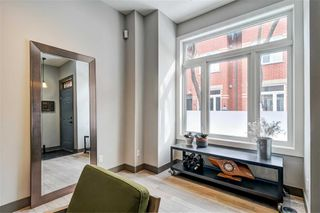 Photo 1: 8 Old Trillium Lane in Toronto: Regent Park House (3-Storey) for sale (Toronto C08)  : MLS®# C4381529