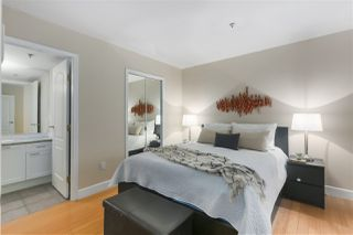 """Photo 9: 103 657 W 7TH Avenue in Vancouver: Fairview VW Townhouse for sale in """"THE IVYS"""" (Vancouver West)  : MLS®# R2348649"""