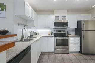 """Photo 6: 103 657 W 7TH Avenue in Vancouver: Fairview VW Townhouse for sale in """"THE IVYS"""" (Vancouver West)  : MLS®# R2348649"""