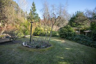Photo 18: 2642 MCBRIDE Avenue in Surrey: Crescent Bch Ocean Pk. House for sale (South Surrey White Rock)  : MLS®# R2350175
