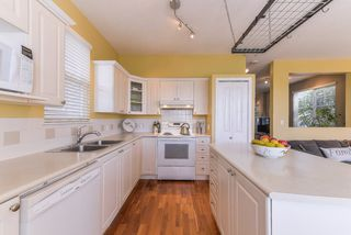 """Photo 6: 14862 56B Avenue in Surrey: Sullivan Station House for sale in """"PANORAMA VILLAGE"""" : MLS®# R2367338"""