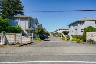 """Photo 1: 8 3087 IMMEL Street in Abbotsford: Central Abbotsford Townhouse for sale in """"Clayburn Estates"""" : MLS®# R2368944"""