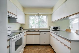 """Photo 5: 8 3087 IMMEL Street in Abbotsford: Central Abbotsford Townhouse for sale in """"Clayburn Estates"""" : MLS®# R2368944"""