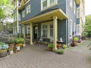 Photo 10: 398 W 10TH Avenue in Vancouver: Mount Pleasant VW Townhouse for sale (Vancouver West)  : MLS®# R2375458