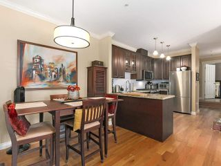 Photo 4: 398 W 10TH Avenue in Vancouver: Mount Pleasant VW Townhouse for sale (Vancouver West)  : MLS®# R2375458