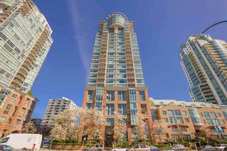 "Main Photo: 1806 1128 QUEBEC Street in Vancouver: Downtown VE Condo for sale in ""THE NATIONAL"" (Vancouver East)  : MLS®# R2381273"