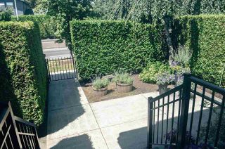 "Photo 2: 9 15450 101A Avenue in Surrey: Guildford Townhouse for sale in ""Canterbury"" (North Surrey)  : MLS®# R2384888"
