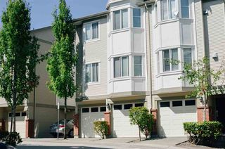 "Photo 3: 9 15450 101A Avenue in Surrey: Guildford Townhouse for sale in ""Canterbury"" (North Surrey)  : MLS®# R2384888"