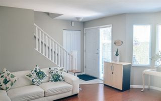 "Photo 5: 9 15450 101A Avenue in Surrey: Guildford Townhouse for sale in ""Canterbury"" (North Surrey)  : MLS®# R2384888"