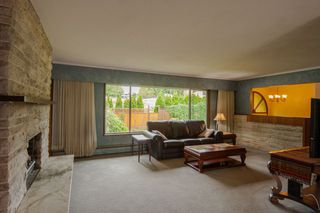 Photo 2: 16 E TENTH Avenue in New Westminster: The Heights NW House for sale : MLS®# R2388668