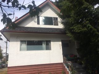 Photo 1: 2205 GRAVELEY Street in Vancouver: Grandview Woodland House for sale (Vancouver East)  : MLS®# R2404447