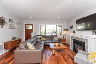 Photo 37: 1826 Hollywood Cres in VICTORIA: Vi Fairfield East House for sale (Victoria)  : MLS®# 825375