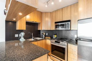 Photo 6: 1404 1010 RICHARDS STREET in Vancouver: Yaletown Condo for sale (Vancouver West)  : MLS®# R2422840