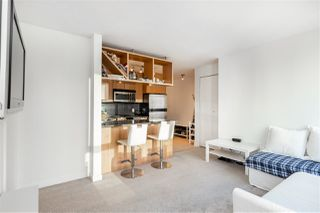 Photo 4: 1404 1010 RICHARDS STREET in Vancouver: Yaletown Condo for sale (Vancouver West)  : MLS®# R2422840
