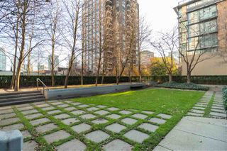 Photo 20: 1404 1010 RICHARDS STREET in Vancouver: Yaletown Condo for sale (Vancouver West)  : MLS®# R2422840