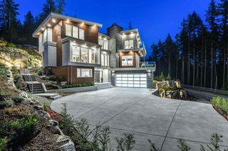 Photo 1: 1509 CRYSTAL CREEK Drive in Port Moody: Anmore House for sale : MLS®# R2465945