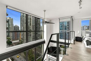 "Photo 9: 1203 1238 RICHARDS Street in Vancouver: Yaletown Condo for sale in ""Metropolis"" (Vancouver West)  : MLS®# R2472141"