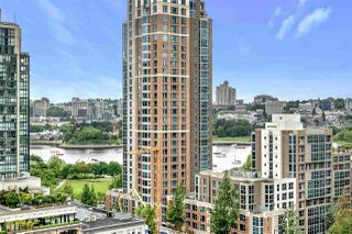 "Photo 12: 1203 1238 RICHARDS Street in Vancouver: Yaletown Condo for sale in ""Metropolis"" (Vancouver West)  : MLS®# R2472141"