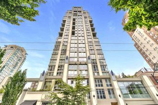 "Photo 2: 1203 1238 RICHARDS Street in Vancouver: Yaletown Condo for sale in ""Metropolis"" (Vancouver West)  : MLS®# R2472141"
