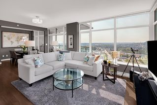 """Photo 1: 3106 3080 LINCOLN Avenue in Coquitlam: North Coquitlam Condo for sale in """"1123 WESTWOOD"""" : MLS®# R2494850"""