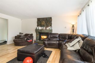 "Photo 6: 9483 210 Street in Langley: Walnut Grove House for sale in ""Walnut Grove"" : MLS®# R2511866"
