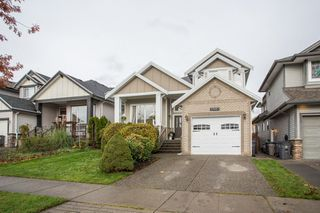 "Photo 3: 17451 64A Avenue in Surrey: Cloverdale BC House for sale in ""Clover-Ridge"" (Cloverdale)  : MLS®# R2518954"