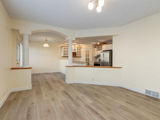 Photo 7: 7 Douglas Glen Common SE in Calgary: Douglasdale/Glen Detached for sale : MLS®# A1051766