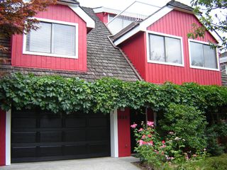 Main Photo: 1044 BELMONT Avenue in North Vancouver: Capilano Highlands House  : MLS®# V876933