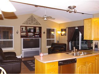 Photo 4: 23890 118A Avenue in Maple Ridge: Cottonwood MR House for sale : MLS®# V923920
