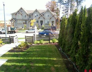 Photo 9: 186 2729 158 Street in Surrey: Grandview Surrey Townhouse for sale (South Surrey White Rock)  : MLS®# F2924347