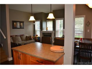 Photo 8: 858 Brock Avenue in VICTORIA: La Langford Proper Residential for sale (Langford)  : MLS®# 307751