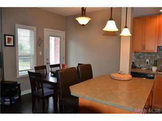 Photo 9: 858 Brock Avenue in VICTORIA: La Langford Proper Residential for sale (Langford)  : MLS®# 307751