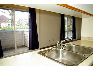 Photo 5: # 203 1006 CORNWALL ST in New Westminster: Uptown NW Condo for sale : MLS®# V985507