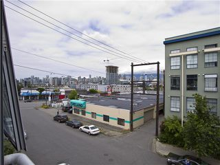 "Photo 8: 302 228 E 4TH Avenue in Vancouver: Mount Pleasant VE Condo for sale in ""Watershed/Mount Pleasant"" (Vancouver East)  : MLS®# V1031865"