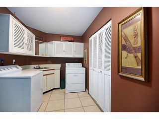"""Photo 11: 2012 MEADOWOOD PK in Burnaby: Forest Hills BN House for sale in """"FOREST HILLS"""" (Burnaby North)  : MLS®# V1044872"""